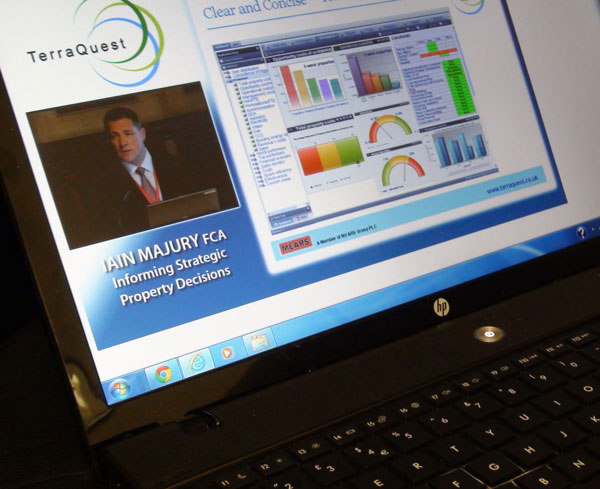 Seminar filming combined with live screen capture